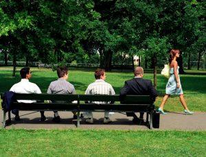 aborder-une-fille-dans-la-rue-harcelement